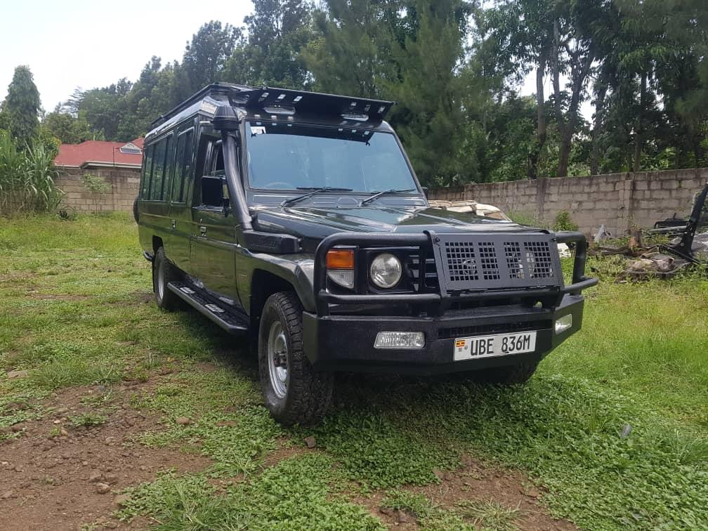 Why Hire A Safari Land Cruiser For Your Next Uganda Safari